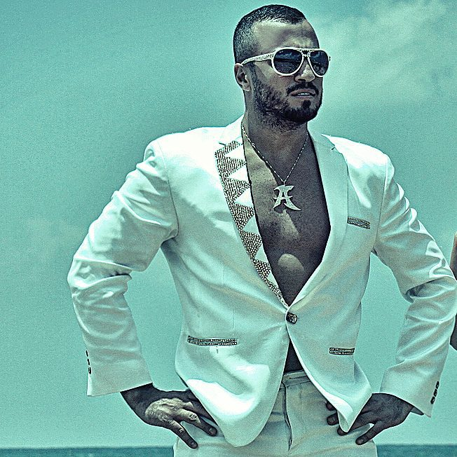 summer suit logo albertboyadjian sunglasses sun outdoor photoofthday photos white